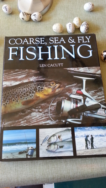 Coarse Sea and Fly Fishing by Len Cacutt 208 Seiten